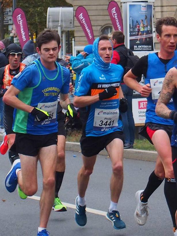PTS-Runner Philip Scholz mit neuem Kreisrekord beim 37. Frankfurt Marathon